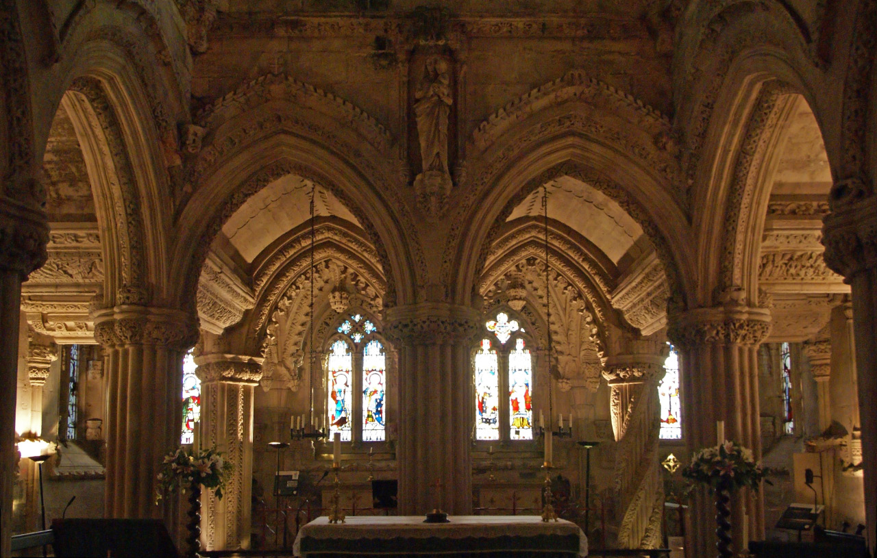 Interior of Rosslyn Chapel - both Master and Apprentice Pillars visible